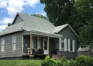 Pre Foreclosure in Oskaloosa 52577 S B ST - Property ID: 1389192357