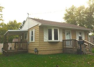 Pre Foreclosure in Grinnell 50112 8TH AVE - Property ID: 1389263309