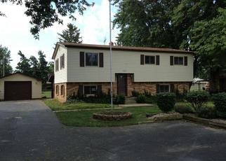 Pre Foreclosure in Greenwood 46142 W WALNUT ST - Property ID: 1389395585