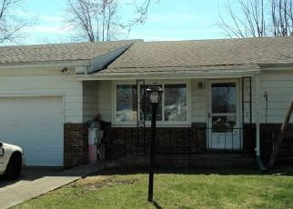 Pre Foreclosure in Muncie 47302 E 23RD ST - Property ID: 1389422740