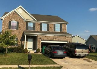 Pre Foreclosure in Brownsburg 46112 EAGLE CROSSING BLVD - Property ID: 1389455589