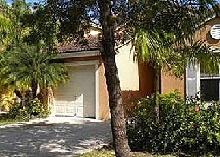 Pre Foreclosure in Homestead 33035 SE 20TH RD - Property ID: 1389768293