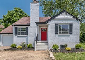 Pre Foreclosure in Cincinnati 45230 BEECHMONT AVE - Property ID: 1389948301
