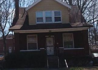 Pre Foreclosure in Cincinnati 45237 CAROLINA AVE - Property ID: 1389969324