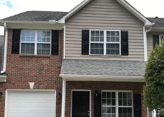 Pre Foreclosure in Greensboro 27407 SEDGEFIELD GATE RD - Property ID: 1390068754