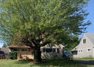 Pre Foreclosure in Columbus 43211 BRENTNELL AVE - Property ID: 1390354300