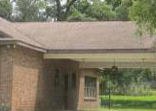 Pre Foreclosure in Dade City 33523 BAYHEAD RD - Property ID: 1390500593