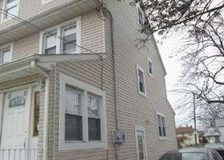 Pre Foreclosure in Elizabeth 07208 RAYMOND TER - Property ID: 1390619278