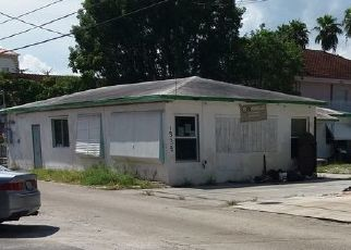 Pre Foreclosure in Hollywood 33020 MONROE ST - Property ID: 1391748373