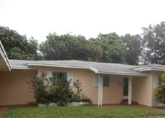 Pre Foreclosure in Fort Lauderdale 33316 SEABREEZE BLVD - Property ID: 1391822397