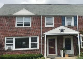Pre Foreclosure in Reading 19605 EMERSON AVE - Property ID: 1392099638
