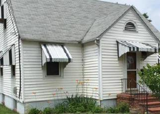 Pre Foreclosure in Essex 21221 VIRGINIA AVE - Property ID: 1392286652