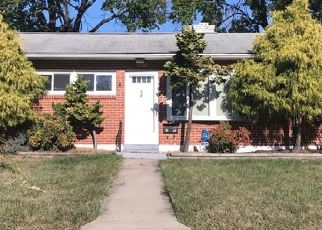 Pre Foreclosure in Catonsville 21228 ROBINDALE RD - Property ID: 1392460977