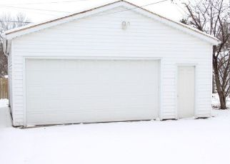 Pre Foreclosure in Green Bay 54303 LYNDON ST - Property ID: 1392789439