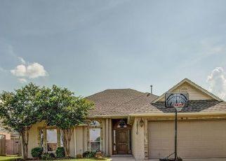 Pre Foreclosure in Glenpool 74033 S BIRCH AVE - Property ID: 1393149453