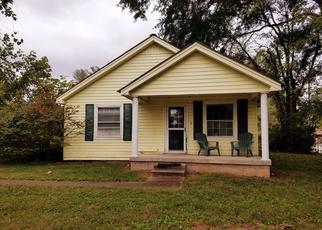 Pre Foreclosure in Woodbury 37190 TRAIL ST - Property ID: 1393246691