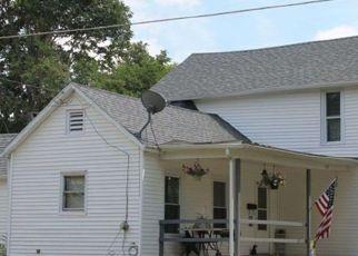 Pre Foreclosure in Farmington 61531 N GOLD ST - Property ID: 1393643492