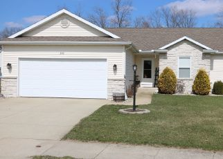 Pre Foreclosure in Middlebury 46540 ROCKY LN - Property ID: 1394204986