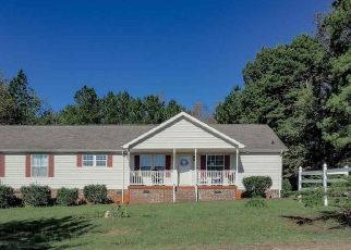 Pre Foreclosure in Louisburg 27549 GOWANS BRODIE RD - Property ID: 1394250974