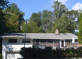 Pre Foreclosure in Orange 06477 HEMLOCK DR - Property ID: 1394532581