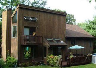 Pre Foreclosure in Hamden 06518 HIDEAWAY LN - Property ID: 1394548790