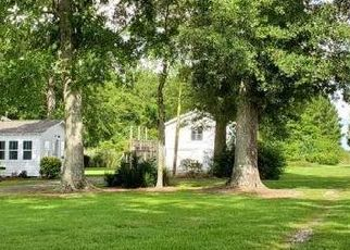 Pre Foreclosure in Mc David 32568 HIGHWAY 97 - Property ID: 1394701641