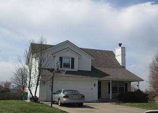 Pre Foreclosure in Pleasant Hill 64080 SUNSET CIR - Property ID: 1394719148