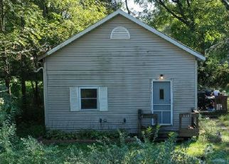 Pre Foreclosure in Lake Station 46405 E 25TH AVE - Property ID: 1395019157