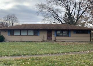 Pre Foreclosure in Crown Point 46307 MARIMAR CT - Property ID: 1395023550