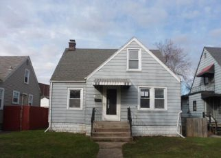 Pre Foreclosure in Hammond 46324 VAN BUREN AVE - Property ID: 1395029686