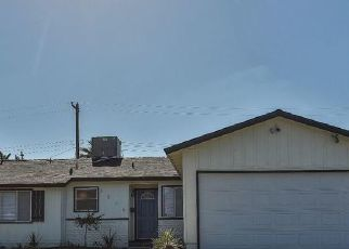 Pre Foreclosure in Bakersfield 93305 HOLLINS ST - Property ID: 1395128671