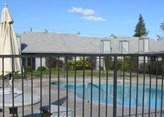 Pre Foreclosure in Fresno 93705 W DAKOTA AVE - Property ID: 1395584596