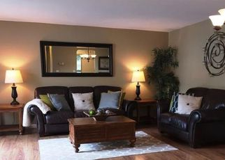 Pre Foreclosure in Stratford 06614 RIVER BEND RD - Property ID: 1395789568