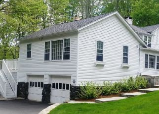 Pre Foreclosure in Wilton 06897 CEDAR RD - Property ID: 1395793506