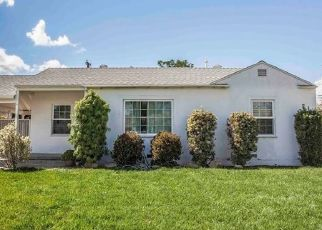 Pre Foreclosure in Long Beach 90808 BLACKTHORNE AVE - Property ID: 1395925334