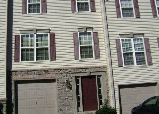 Pre Foreclosure in York 17402 FOXSHIRE DR - Property ID: 1396311180