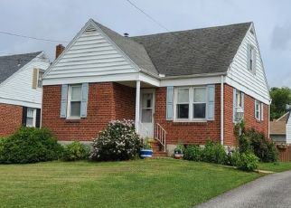 Pre Foreclosure in York 17404 HESS RD - Property ID: 1396326970