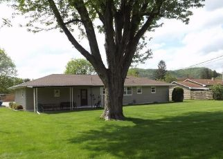 Pre Foreclosure in Coon Valley 54623 SCHOOL ST - Property ID: 1396437325