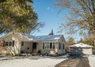 Pre Foreclosure in Milwaukee 53223 W DONNA DR - Property ID: 1396438189