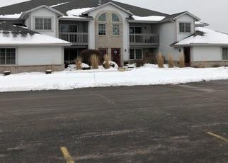 Pre Foreclosure in Pewaukee 53072 QUINLAN DR - Property ID: 1396513986