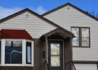 Pre Foreclosure in Fond Du Lac 54935 3RD ST - Property ID: 1396540692
