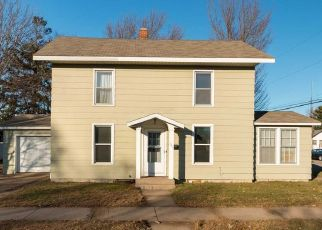 Pre Foreclosure in Wisconsin Rapids 54494 WYLIE ST - Property ID: 1396558200