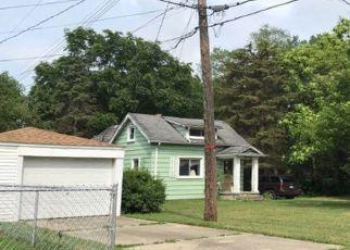 Pre Foreclosure in Westland 48185 N WALTON ST - Property ID: 1396668581