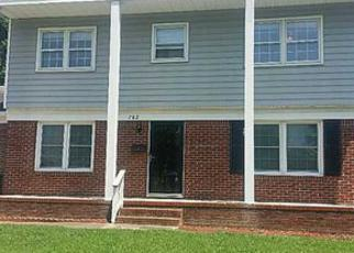 Pre Foreclosure in Newport News 23602 OLD LUCAS CREEK RD - Property ID: 1396931807