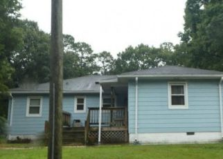Pre Foreclosure in Chesapeake 23325 LAUREL AVE - Property ID: 1396973409