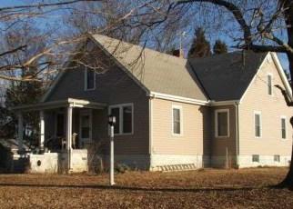 Pre Foreclosure in Blackstone 23824 WALNUT HILL RD - Property ID: 1397065378