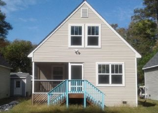 Pre Foreclosure in Reedville 22539 DAVIS DR - Property ID: 1397067577