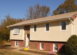 Pre Foreclosure in King George 22485 OAK TREE DR - Property ID: 1397089920