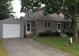 Pre Foreclosure in Lewiston 04240 STETSON RD - Property ID: 1397161745