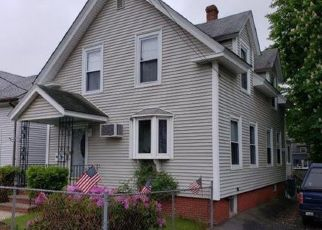 Pre Foreclosure in Lynn 01905 WALNUT ST - Property ID: 1397169625